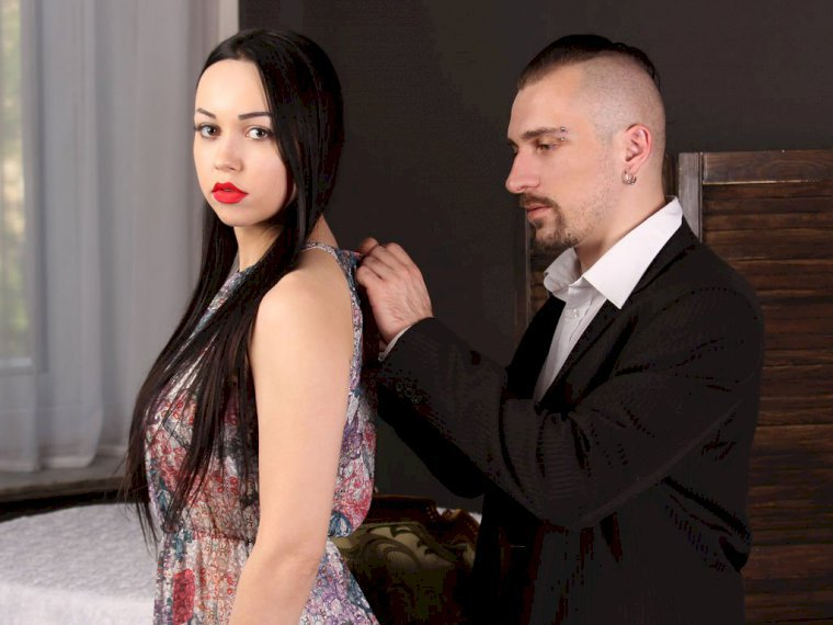 alexxandmistress 27 y o couple xxx hot live cam sex show chat and webcam sex with. Black Bedroom Furniture Sets. Home Design Ideas